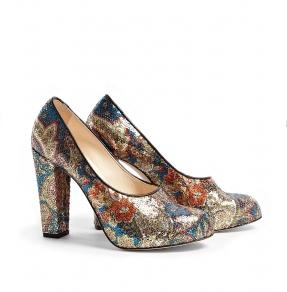 Schuhe von Carven