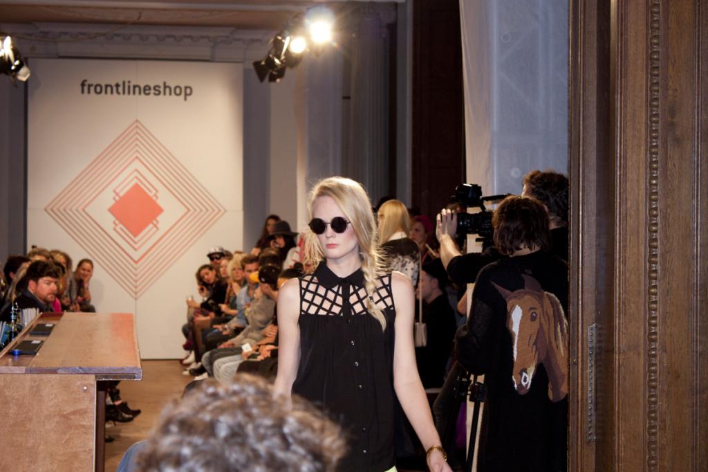 frontline_fashionshow_24