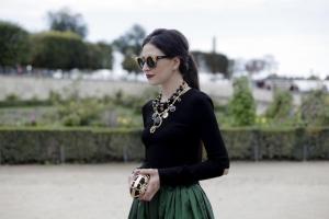 Statement-Necklaces bei der Paris Fashion Week. Foto: Natalie Weiß