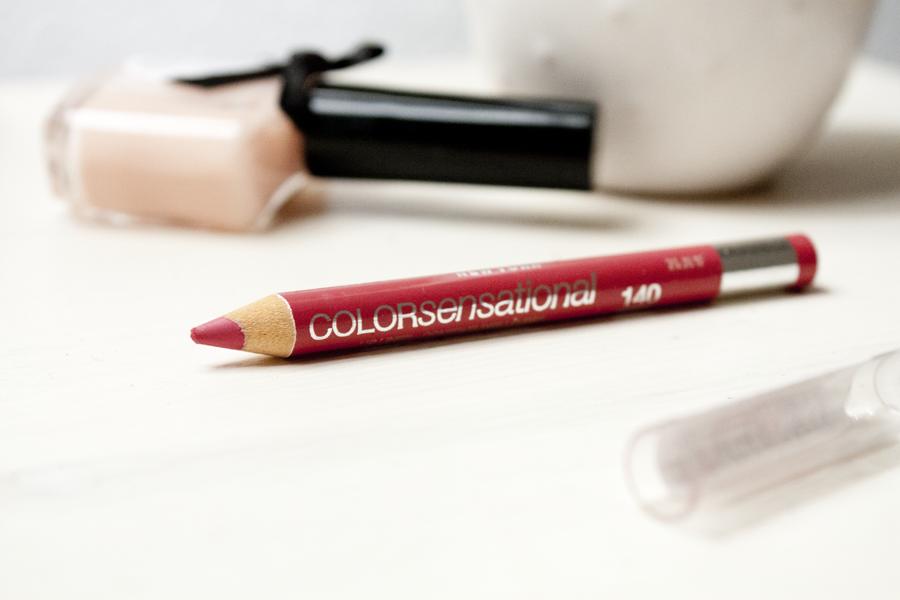 Pinks Lips like Karaleev - Maybelline