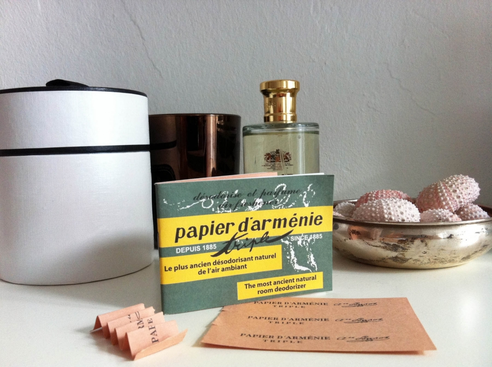 """Papier d'Arménie"""