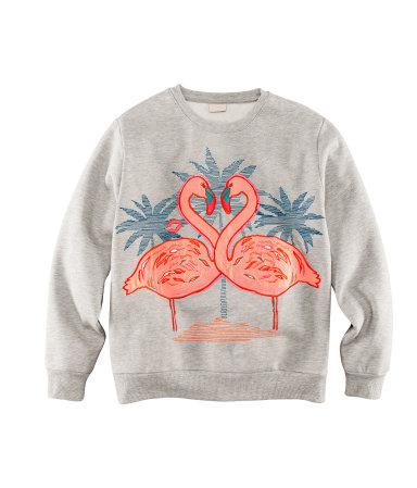 6083580602 ... Leopardenmuster von Converse; Pullover von H&M; Sonnenbrille von Ray  Ban. Sweatshirt von H&M