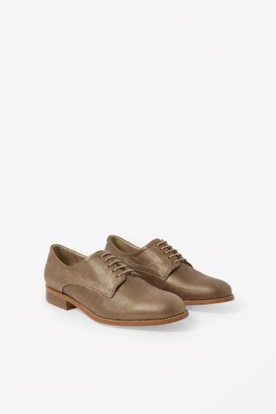 Schuhe von COS