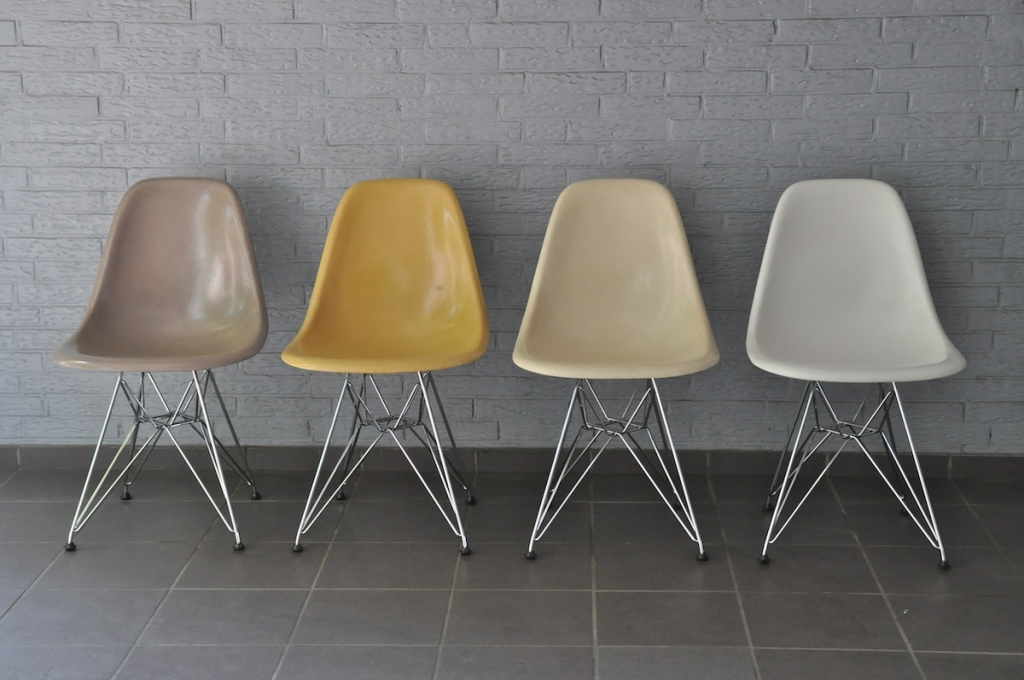 Journelles Eames Plastic Side Chair 5