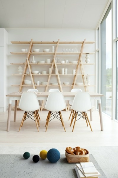 journelles eames chairs via tumblr - Eames Stuhl Wei