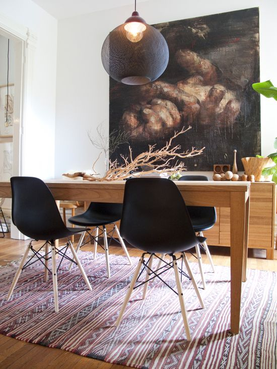 Journelles Eames Chairs Via Themarionhousebook