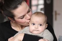 Mummy Mag Gründerin Camilla Rando und ihre kleine Tochter