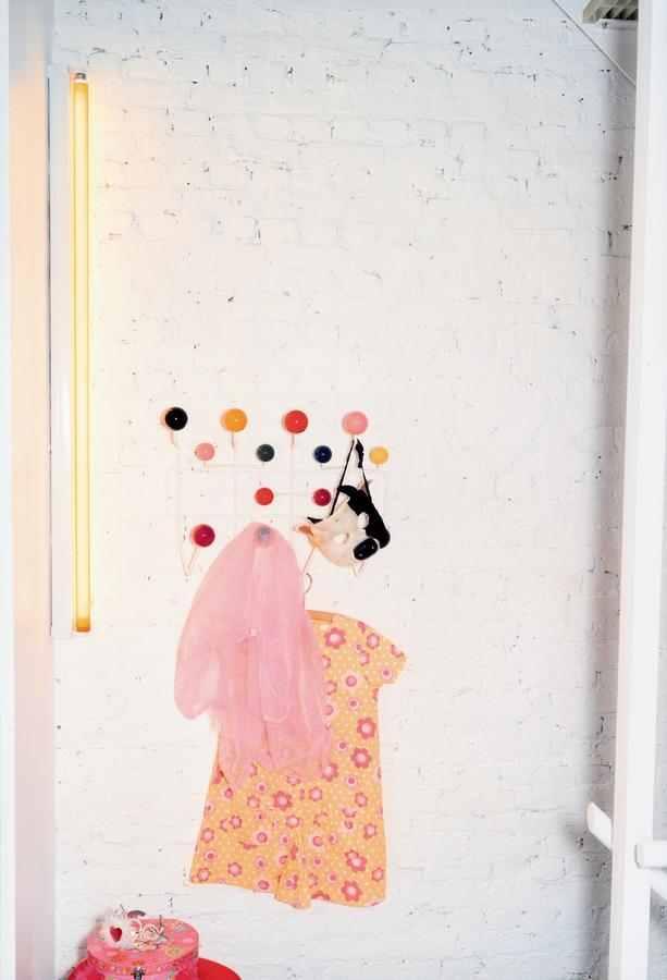 Journelles-Designklassiker-Hang-it-all-Eames-Vitra-Inspiration-2