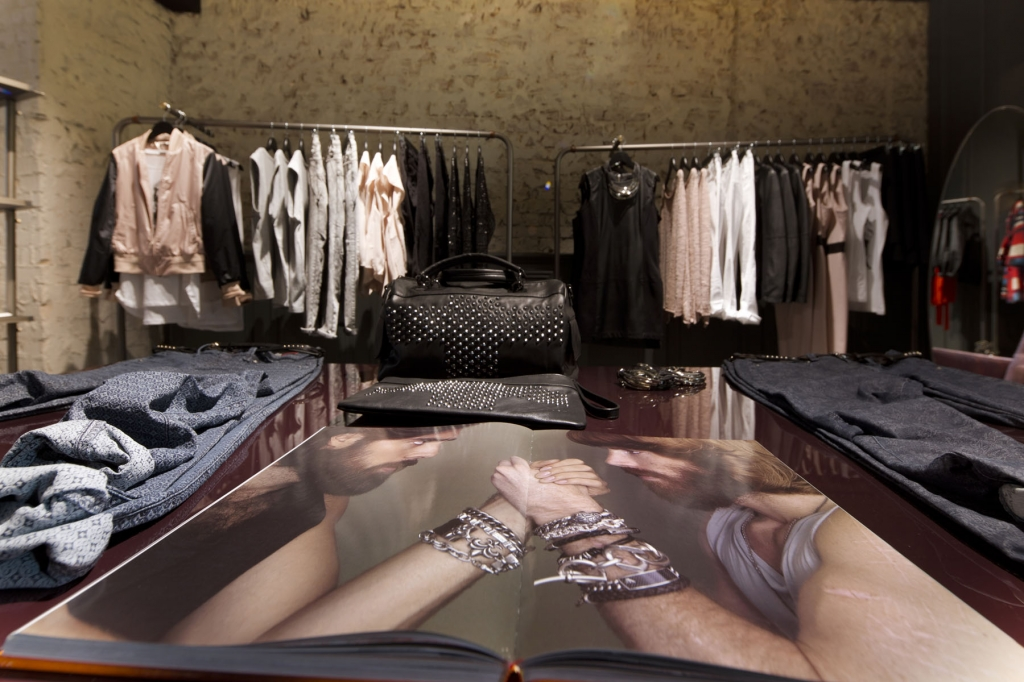Journelles_Sisley_Store_Berlin_06