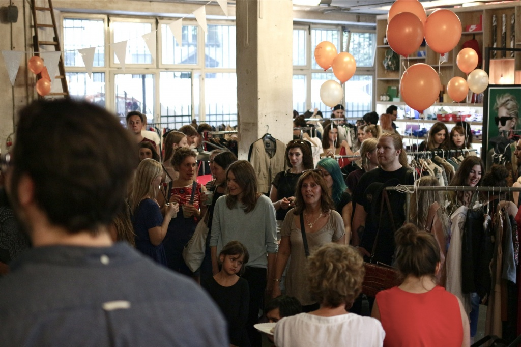 140907-journelles-flohmarkt-voo-store-credit-julia-zierer-18