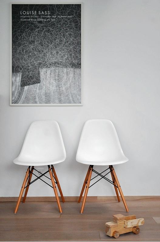 Journelles-Maison-Inspiration-Weisse-Stuehle-Trendenser-se
