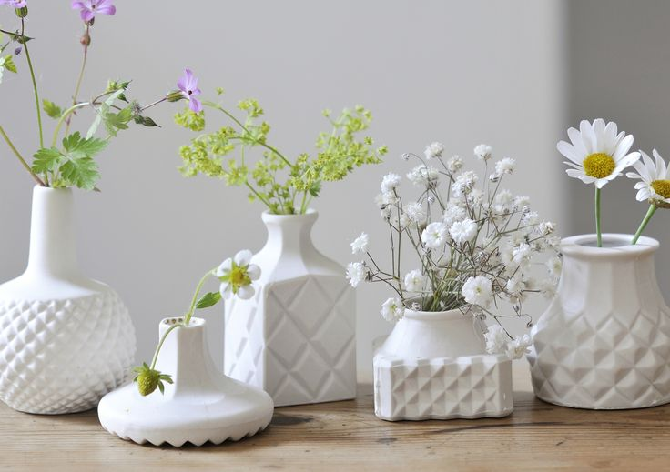 journelles maison mini und midi vasen von jonathan adler. Black Bedroom Furniture Sets. Home Design Ideas