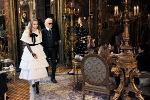 Chanel Métiers d'Art Paris-Salzburg Lookbook. (Fotos: Karl Lagerfeld)