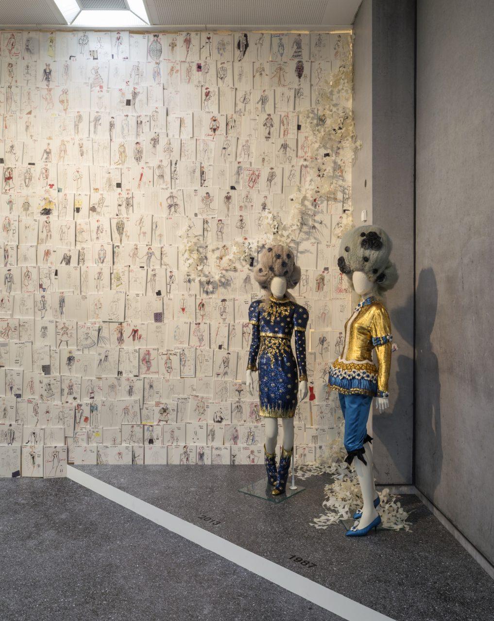 Journelles-Karl-Lagerfeld-Modemethode-Chanel-Ausstellung-2
