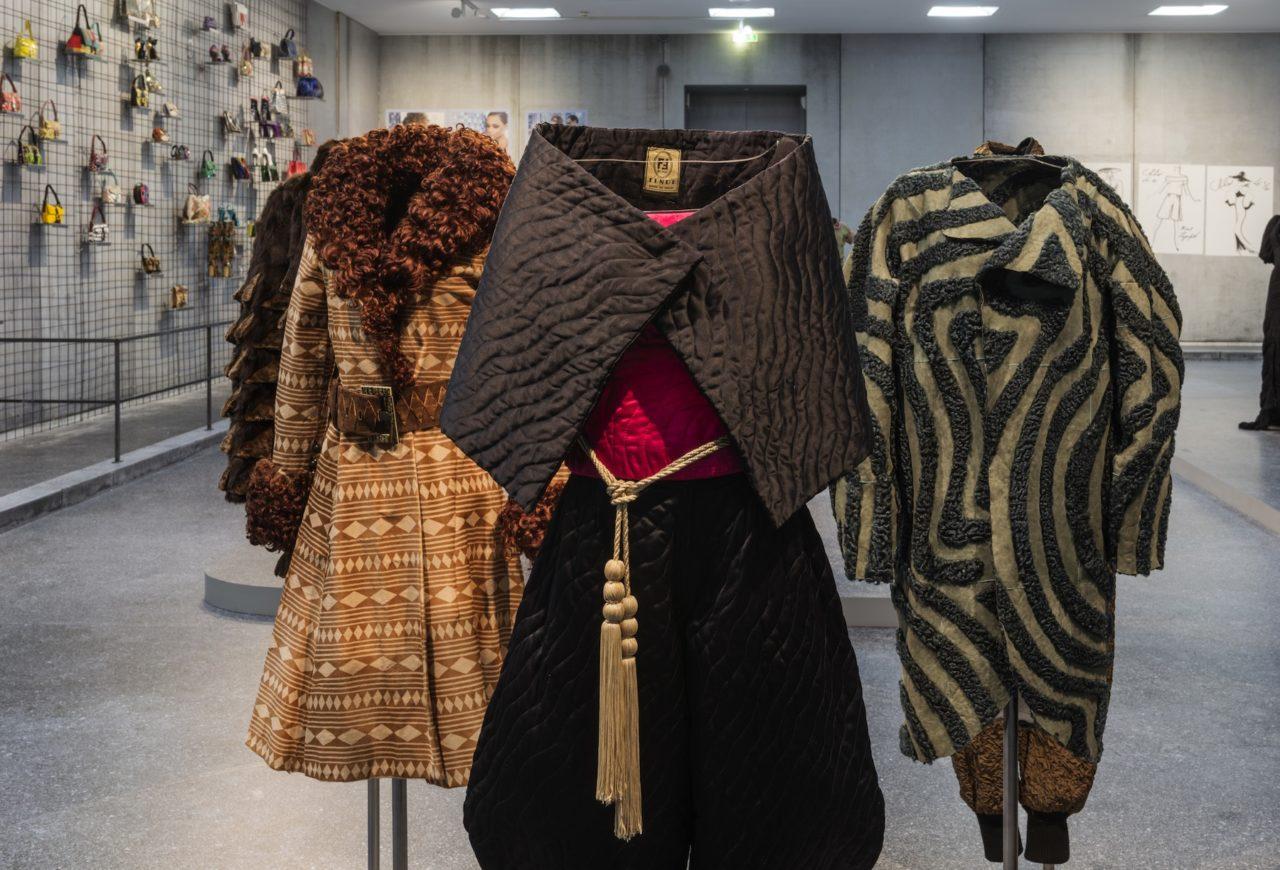 Journelles-Karl-Lagerfeld-Modemethode-Fendi-Ausstellung