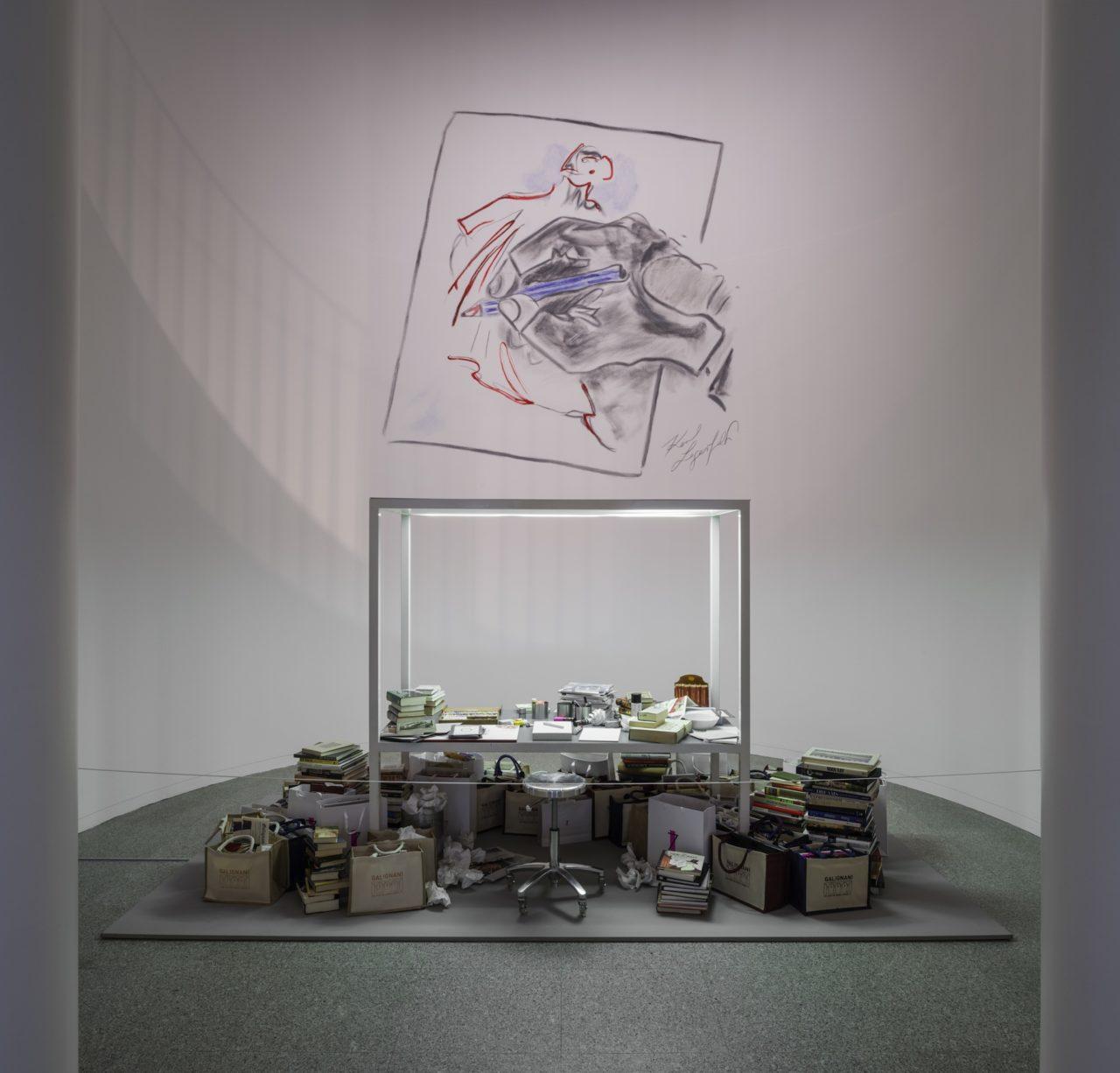 Journelles-Karl-Lagerfeld-Modemethode-Schreibtisch-1
