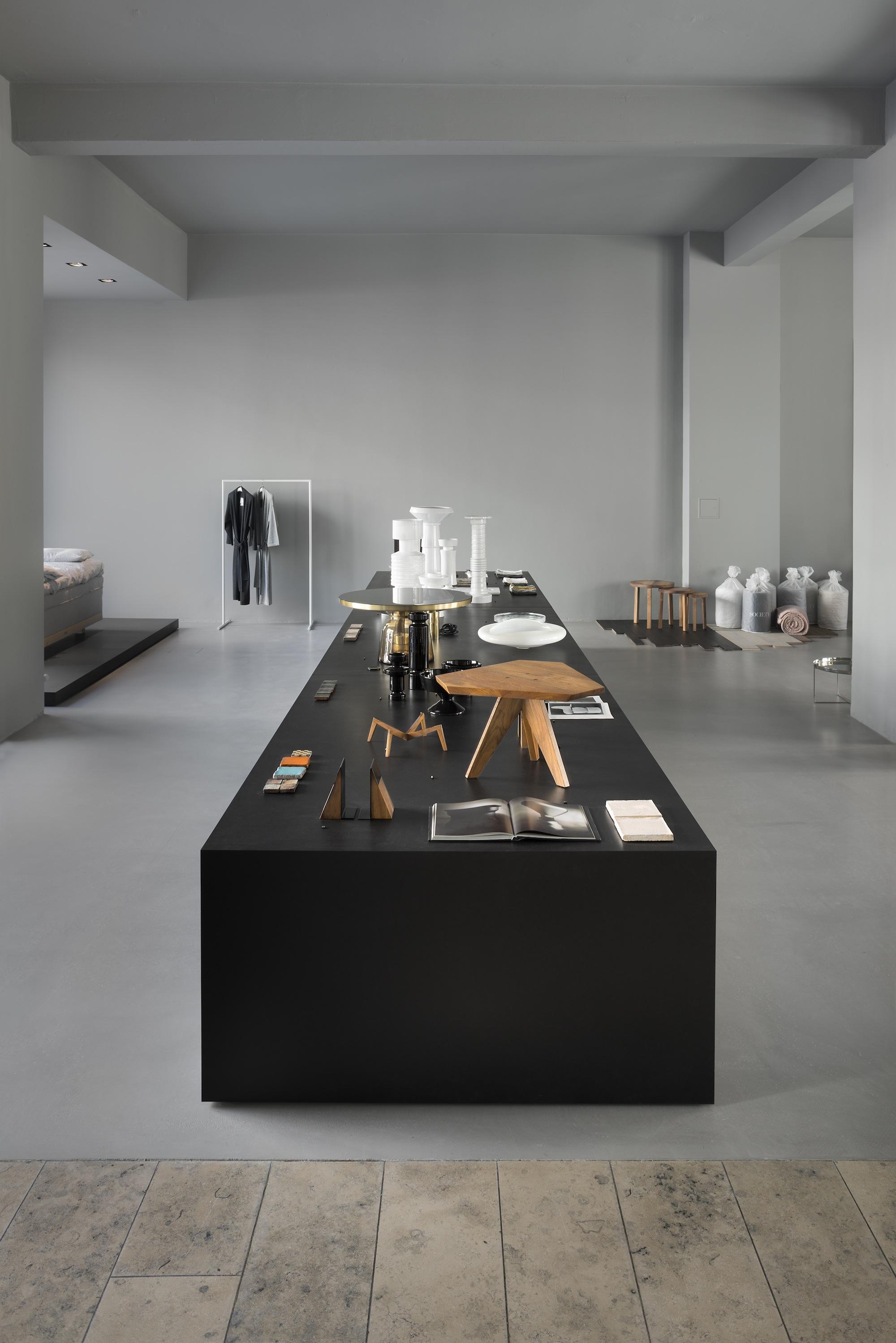 journelles am ma by andreas murkudis berlin 2 journelles. Black Bedroom Furniture Sets. Home Design Ideas