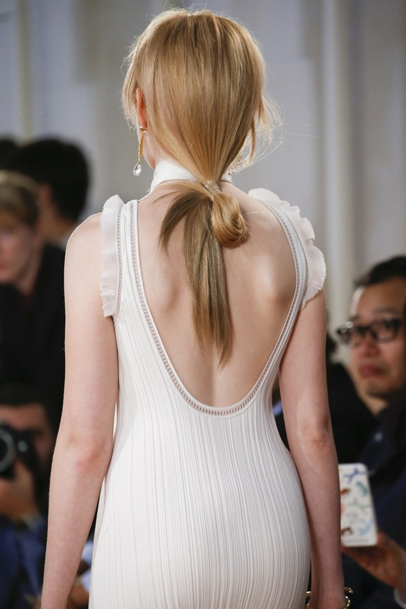 Journelles-Beautytrends-Spring-Summer-2016-Vogue-co-uk-Balenciaga-1