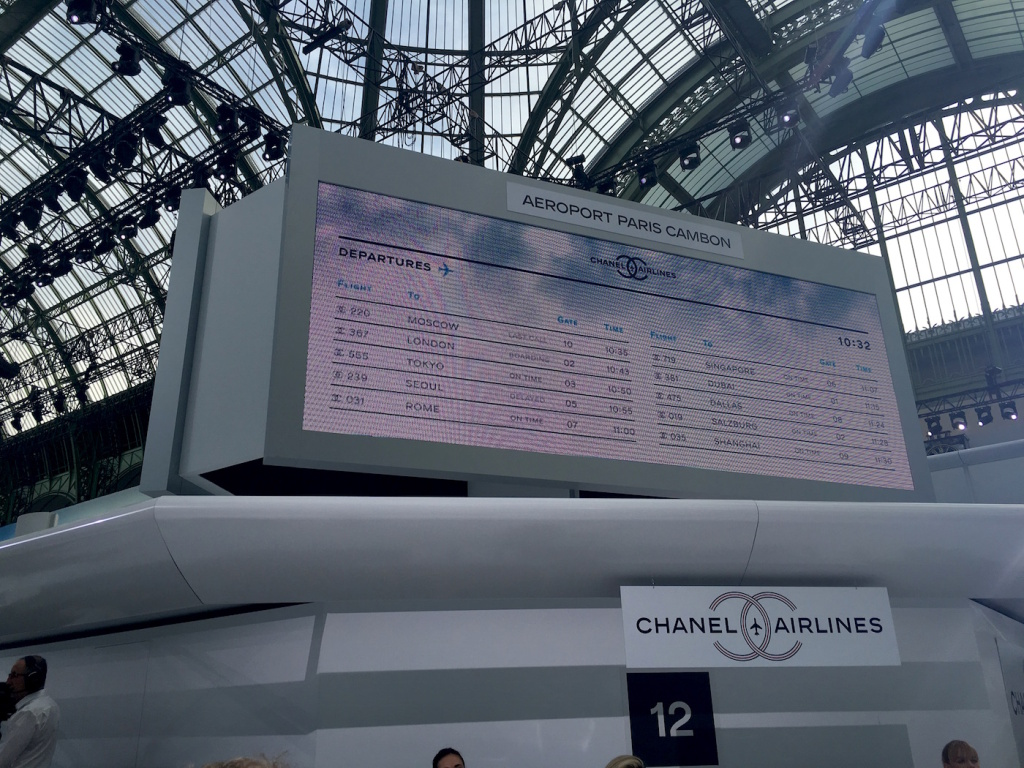 Ready for take off chanel airlines ss16 am aeroport paris for Chanel locations in paris