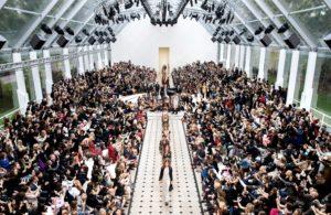 Journelles-Gespraechsstoff-Burberry-Womenswear-S-S16-Show-Finale