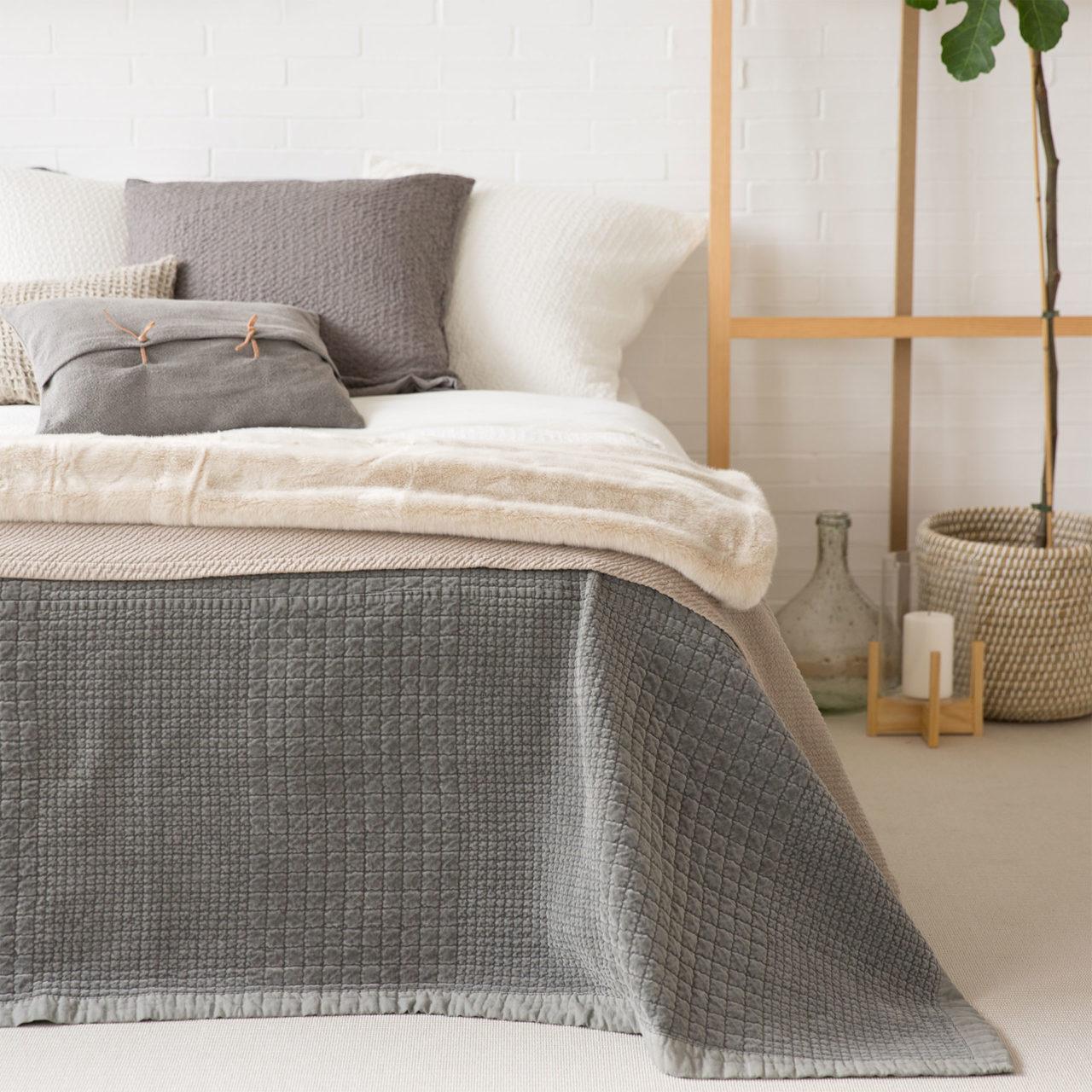 journelles noms oktober zara home quilt 1 journelles. Black Bedroom Furniture Sets. Home Design Ideas
