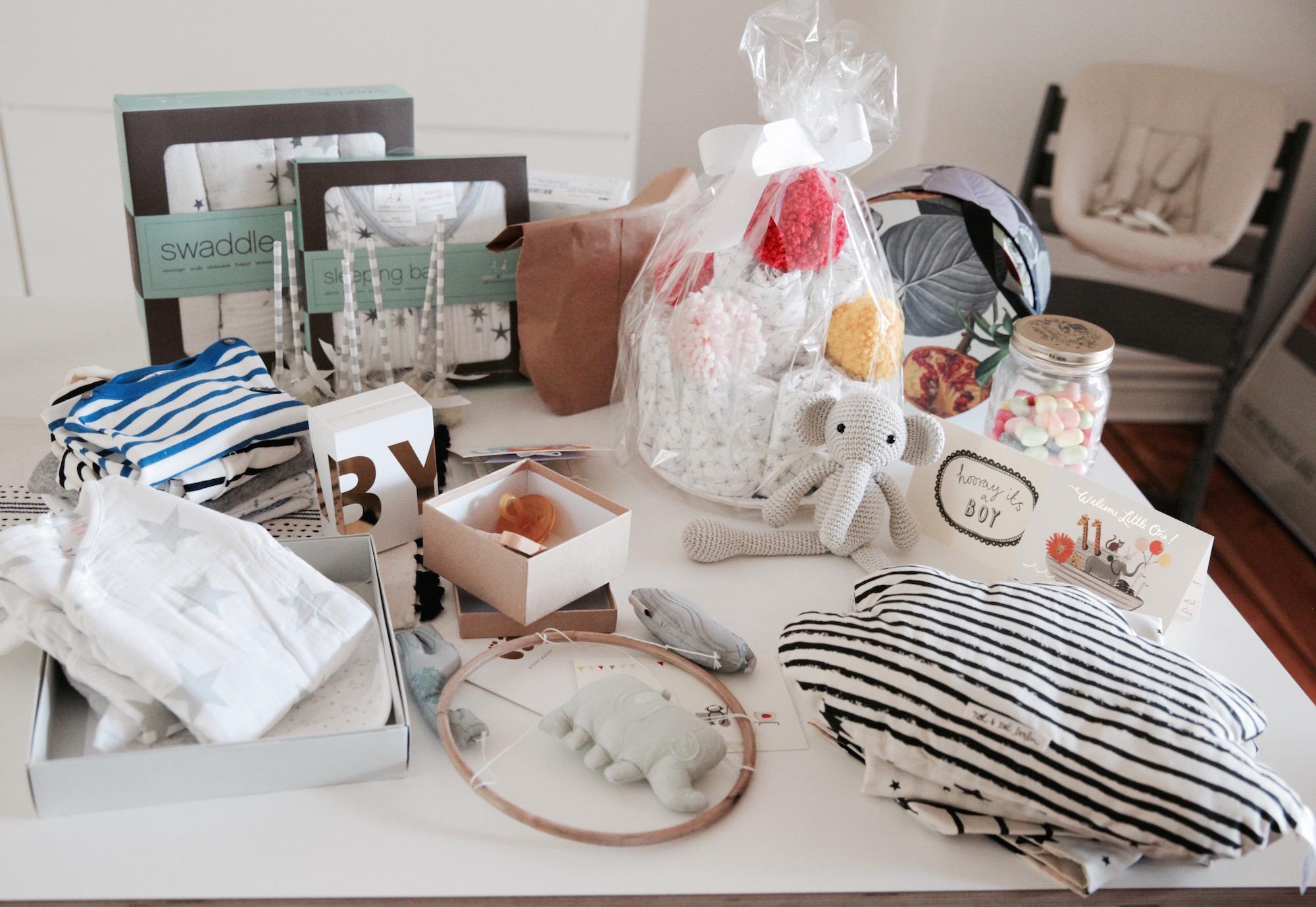 die babyshower geschenke journelles. Black Bedroom Furniture Sets. Home Design Ideas