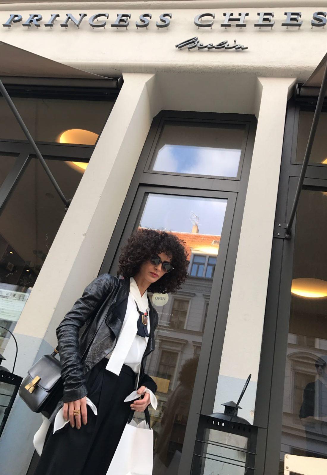 Nobieh Talaei_Sonntag 2