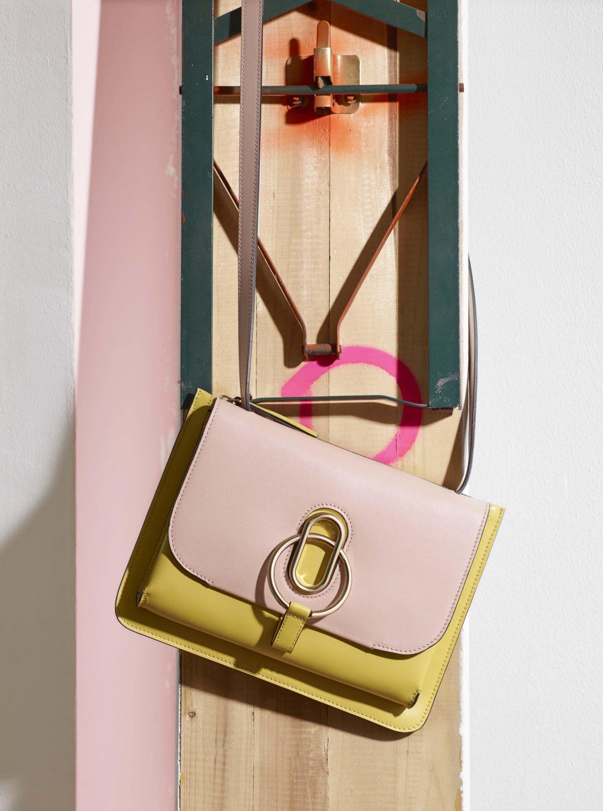 2b8d4800aebeb Welche Handtasche aus deinem Kleiderschrank ist dein Lieblingsmodell   Welches besitzt du am längsten