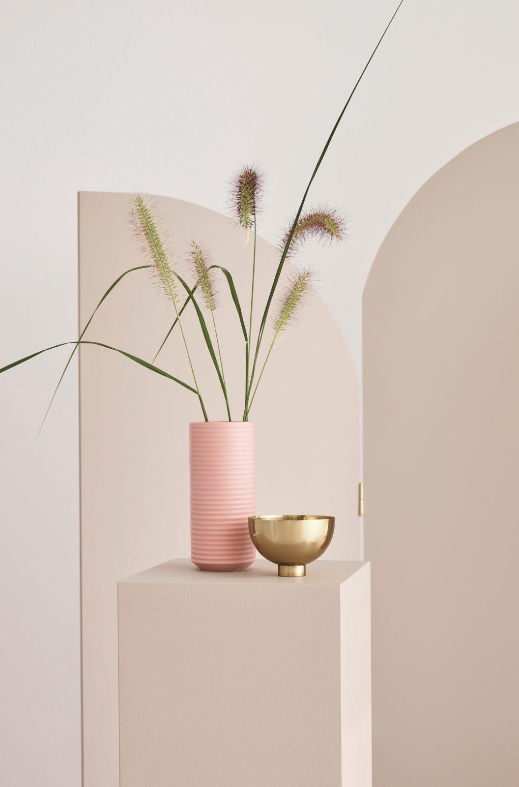 zartes puderrosa art d co und strukturmix h m home l utet diesen winter die moderne ein. Black Bedroom Furniture Sets. Home Design Ideas