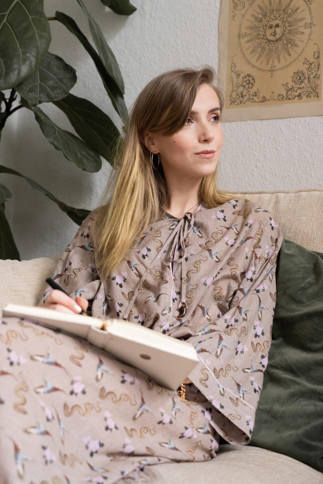 Closet Diary mit Lori Haberkorn, Life Guide & Moon Coach