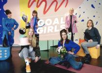 """""""Jedes Mal wenn du für dich selbst stark bist, machst du dich automatisch für alle Frauen stark."""" – Im Interview mit Kaddie und Helena Rothe von Goalgirls"""